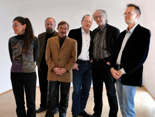 Die Künstlergruppe NEUE MEISTER – von links nach rechts: Ines Scheppach, Gerd Bannuscher, Joachim Lehrer, Roland Heyder, Siegfried Zademack, Michael Krähmer