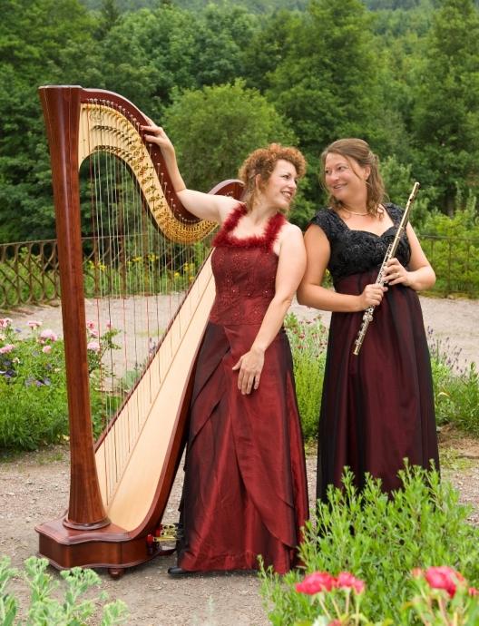 Duo Sicilianne mit Anne Kox-Schindelin (Harfe) und Anne Rüttiger (Flöte) (c) Lianes Atelier